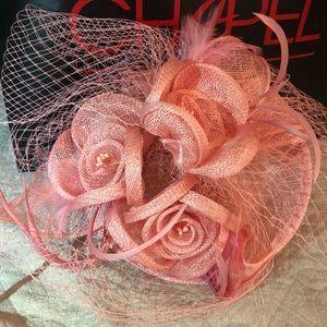 Elegant Fascinator / Hat